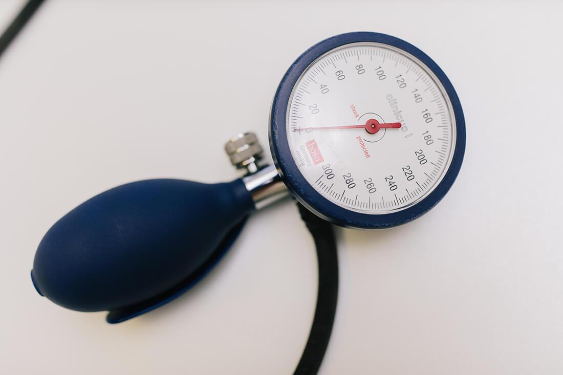 Hausarzt Geretsried - Kőrössy - Startseite - Blutdruckmessgerät